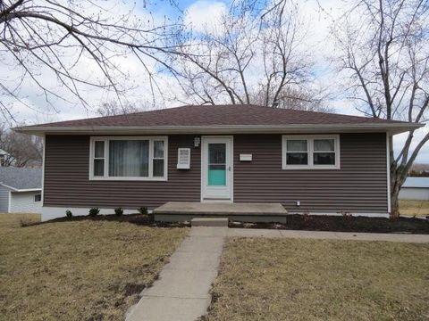 310 N Elm St, Stanberry, MO 64489