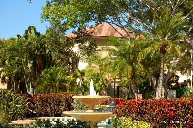 1721 Village Blvd Apt 105 West Palm Beach, FL 33409