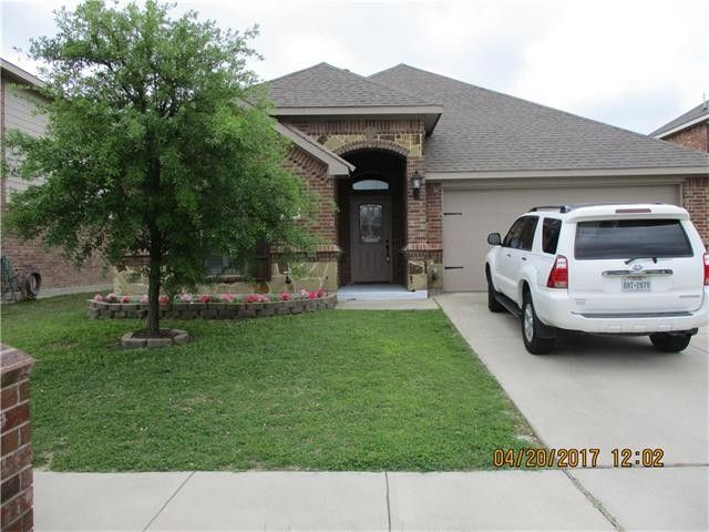4945 Wild Oats Dr, Fort Worth, TX 76179