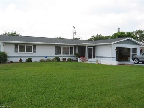 Photo of 328 Dellwood Ave, Lehigh Acres, FL 33936