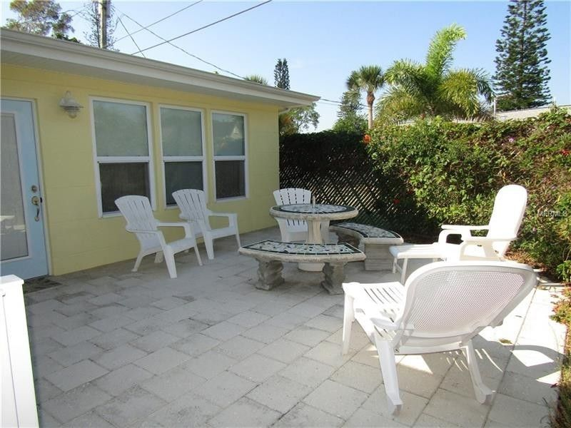 1350 Holiday Dr, Englewood, FL 34223 - realtor.com®