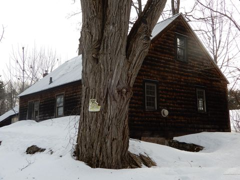 Photo of 76 Anderson Rd S, Baldwin, ME 04024