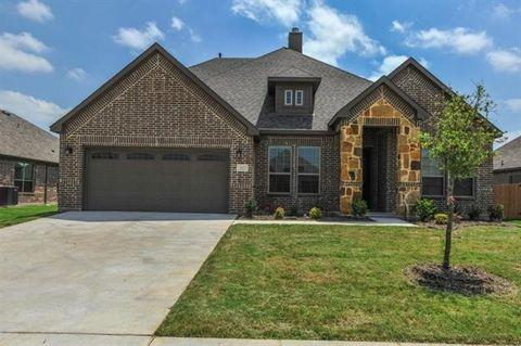 112 Manor Ln, Waxahachie, TX 75165