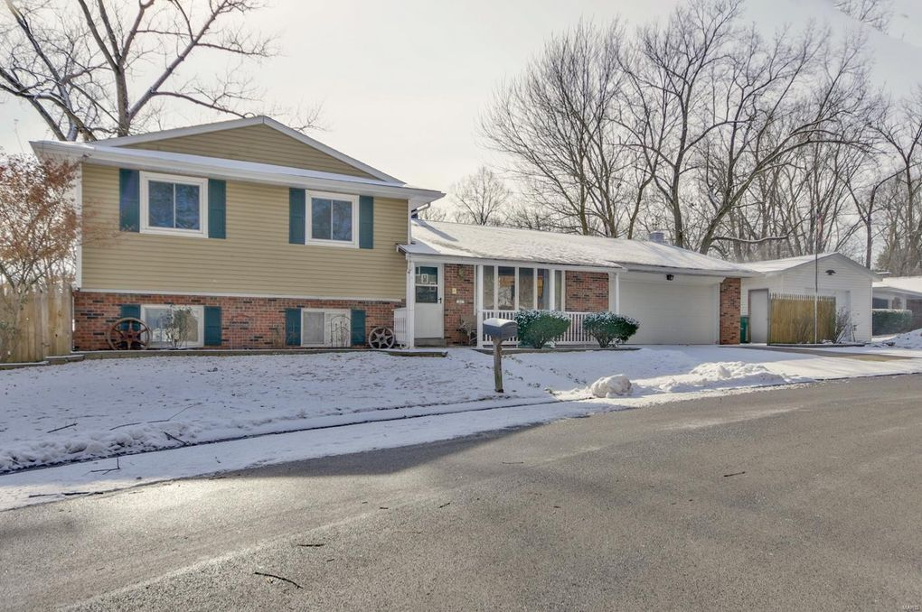 Fairview Heights Il >> 31 Weslake Dr Fairview Heights Il 62208