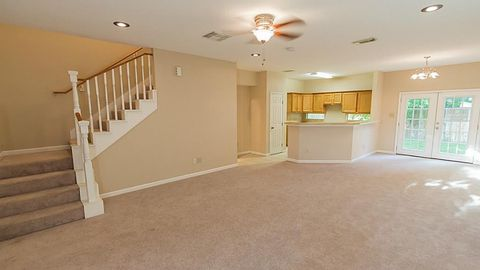 6508 Couch St, Houston, TX 77091