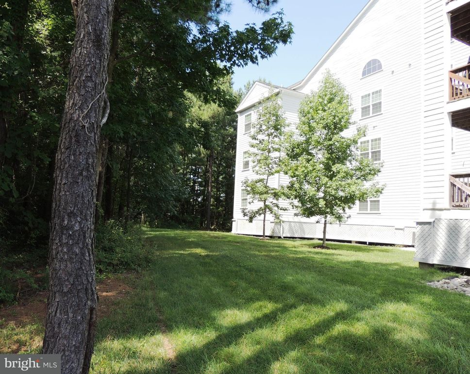1352 Schooner Loop Unit 1352 Solomons, MD 20688