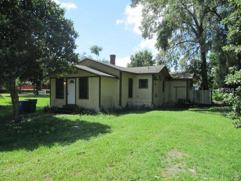Photo of 123 W Wilbur Ave, Lake Mary, FL 32746