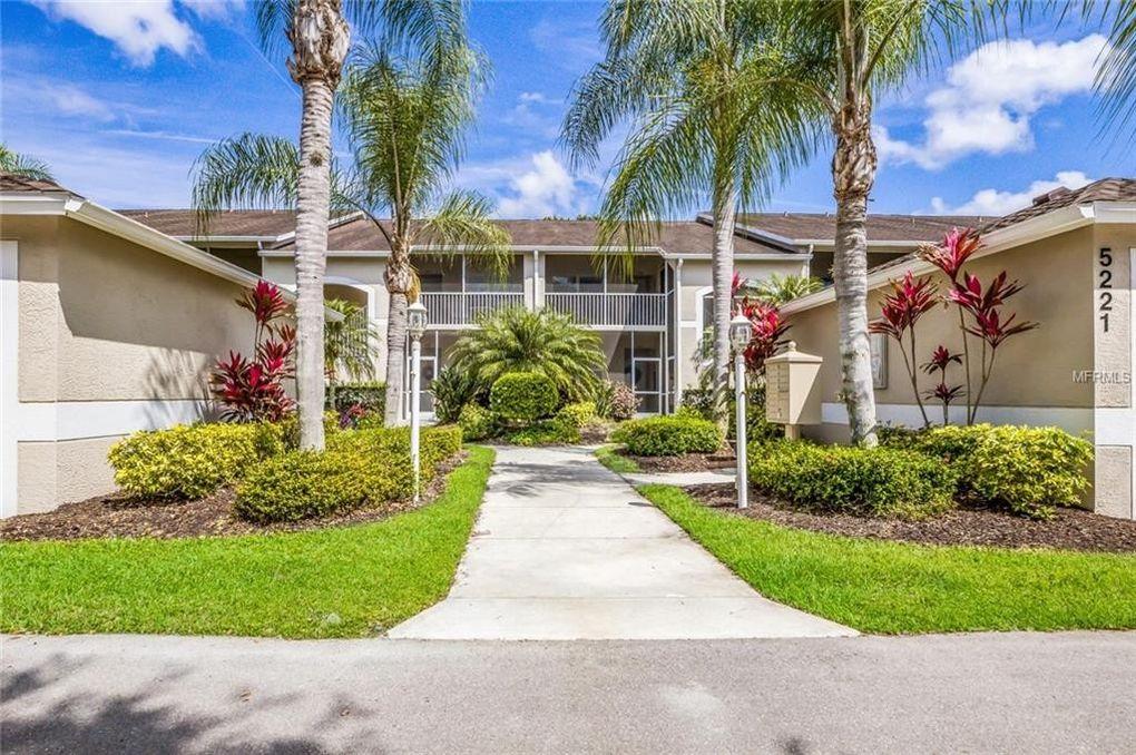 5221 Mahogany Run Ave Unit 221 Sarasota, FL 34241
