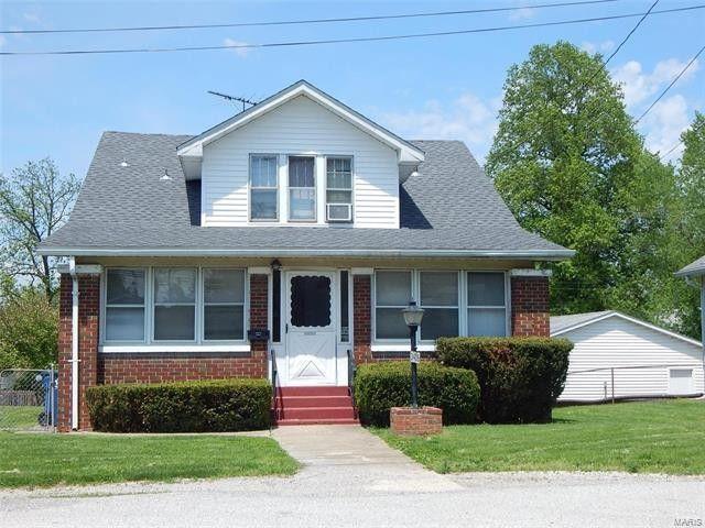 3406 Brown St, Alton, IL 62002