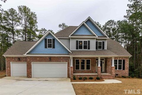 Photo of 1679 E Indiana Ave, Southern Pines, NC 28387
