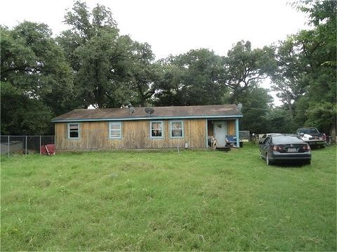 Photo of 8431 Hines Ln, Normangee, TX 77871