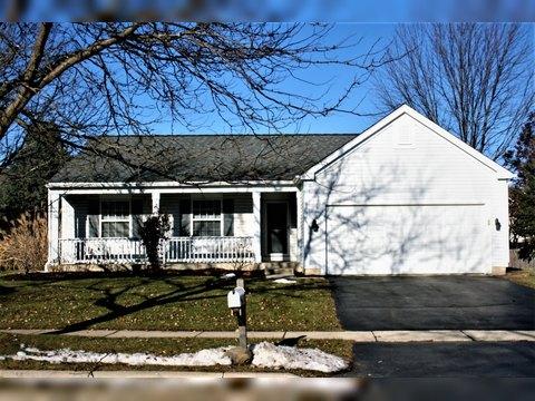 161 Prairie Ridge Dr, Woodstock, IL 60098