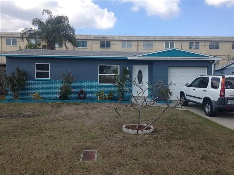 6429 44th Ave N, Kenneth City, FL 33709