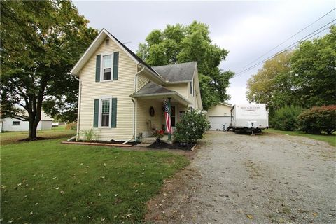 328 S Taylor St, West Liberty, OH 43357