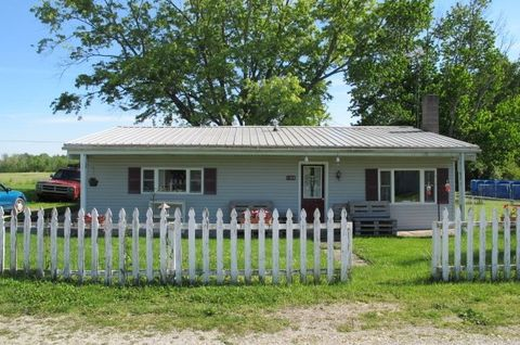 1309 Airport Rd, Centerville, IN 47330