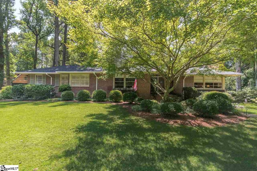 29 Pinehurst Dr Greenville SC 29609