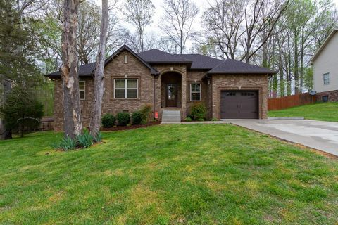 Photo of 2308 Woodmont Dr, Springfield, TN 37172