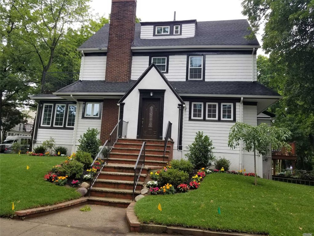 Kew gardens real estate ny garden ftempo for Forest hills gardens real estate