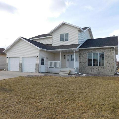 750 16 W Ave Ct, West Fargo, ND 58078