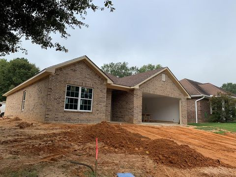 Photo of 1233 Emily Ct, Nacogdoches, TX 75964