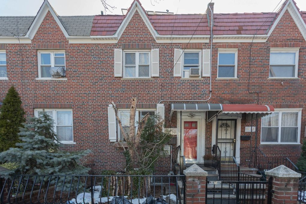 24-53 23rd St, Queens, NY 11102