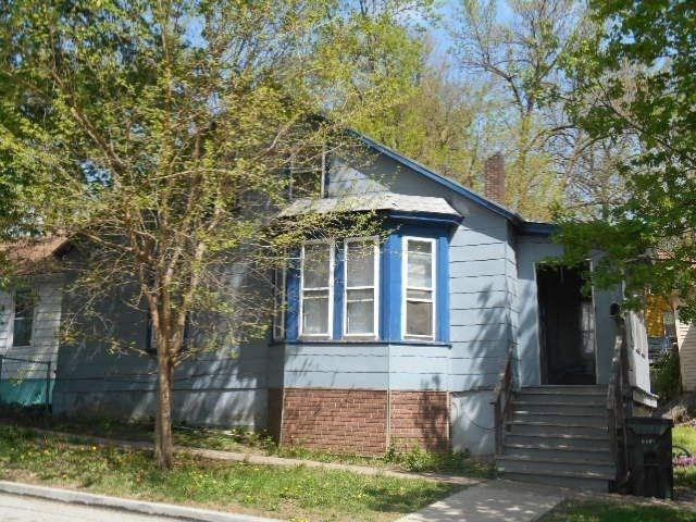 708 W 7th St, Davenport, IA 52802
