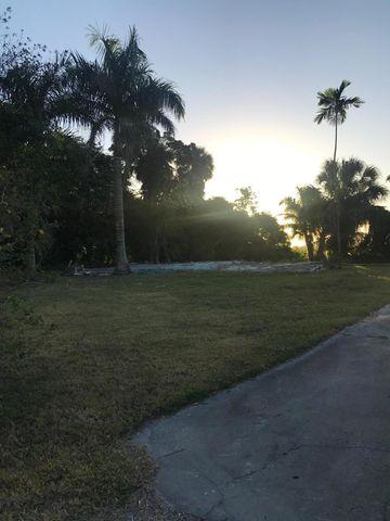 Photo of 1978 E Main St, Pahokee, FL 33476