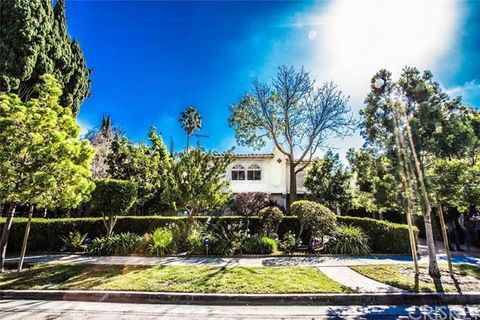 1706 Angelo Dr, Beverly Hills, CA 90210