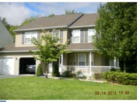 134 Walker Dr, Northampton, PA 18067