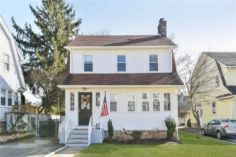 Photo of 15 Merton St, New Rochelle, NY 10801