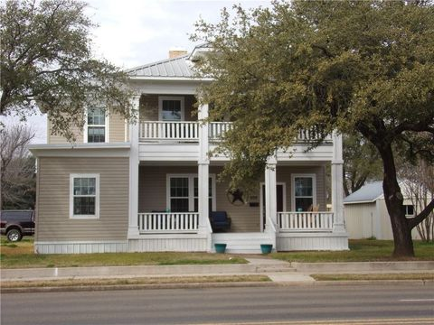 Photo of 209 S 3rd St, Wortham, TX 76693