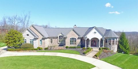 3091 Friars Ln, Edgewood, KY 41017