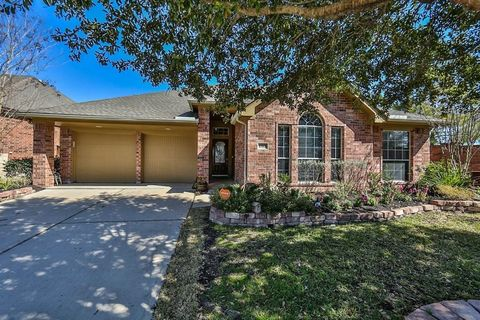 10906 Bernalda Cir, Richmond, TX 77406