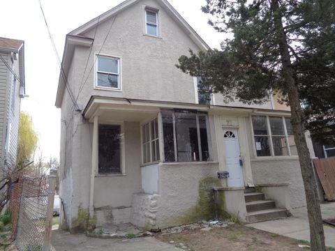 Photo of 71 Rockland Ave, Staten Island, NY 10306