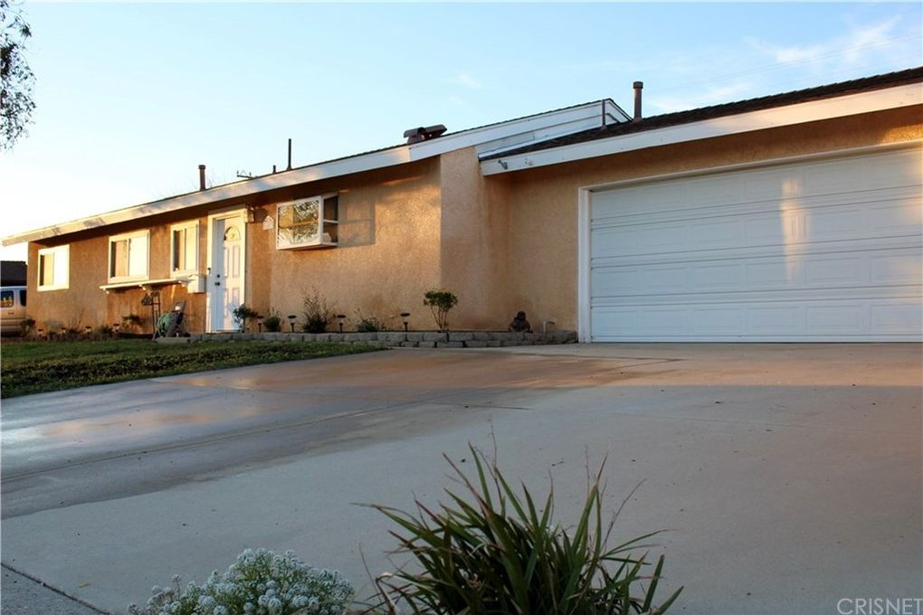 1663 Agnew St, Simi Valley, CA 93065