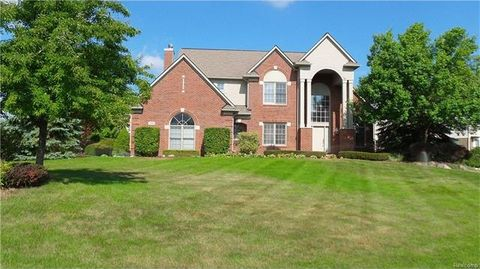 3880 May Center Rd, Orion Township, MI 48360