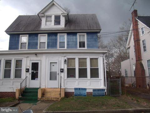 78 W Harmony St, Penns Grove, NJ 08069