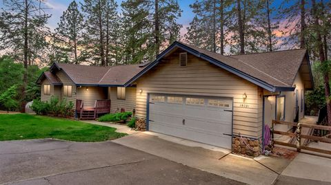 Photo of 14031 Hidden Pines Pl, Auburn, CA 95602