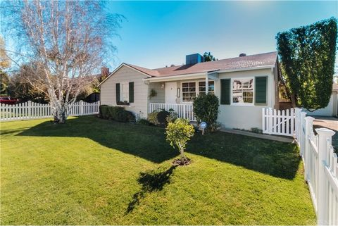 Photo of 13934 Huston St, Sherman Oaks, CA 91423