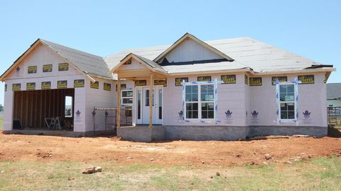 Photo of 145 Meadowview Ct, Leesburg, GA 31763