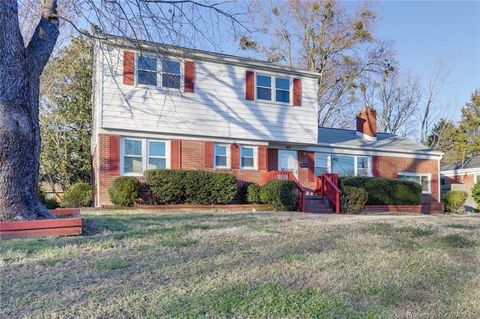 Photo of 60 Wheatland Dr, Hampton, VA 23666