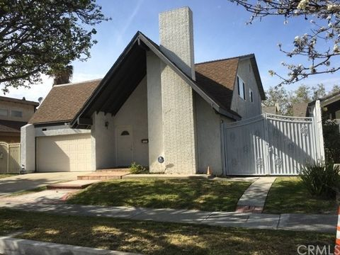 12707 Park St, Cerritos, CA 90703