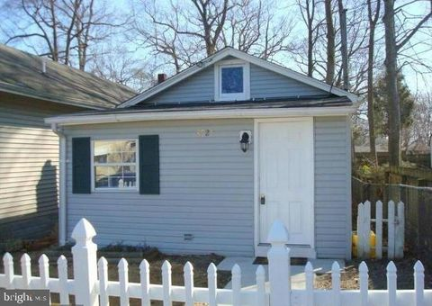 Photo of 8925 Greenwood Ave, North Beach, MD 20714