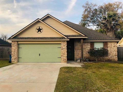180 W Barfield St, Sour Lake, TX 77659