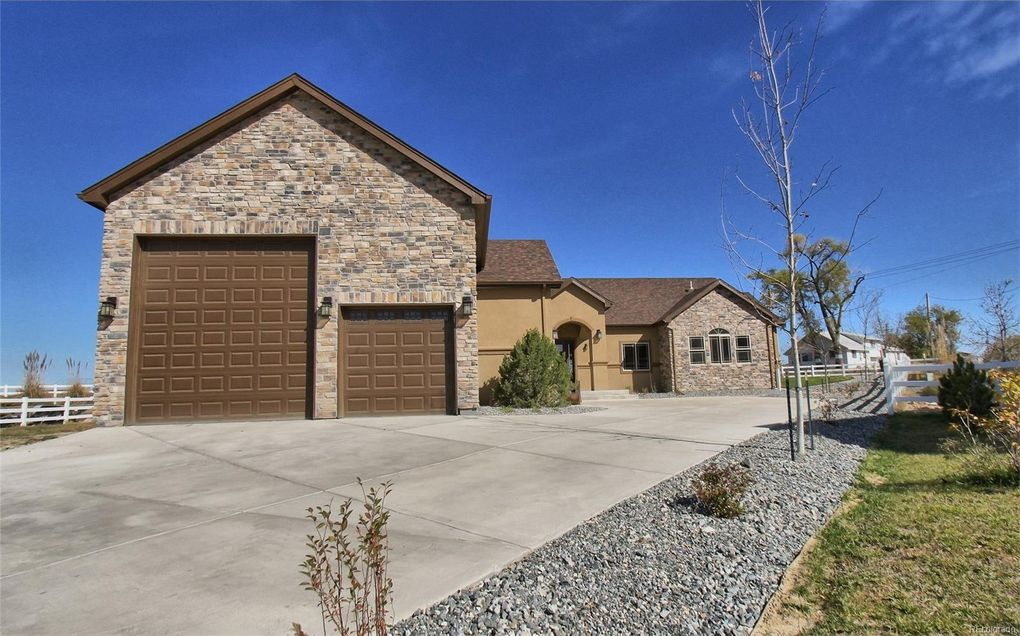 116 S Trail Blazer Rd, Fort Lupton, CO 80621