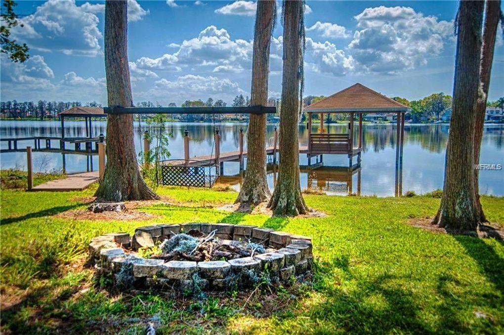 5436 Lake Le Clare Rd, Lutz, FL 33558