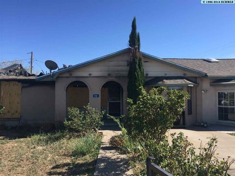 316 Nevada Ave, Hurley, NM 88043