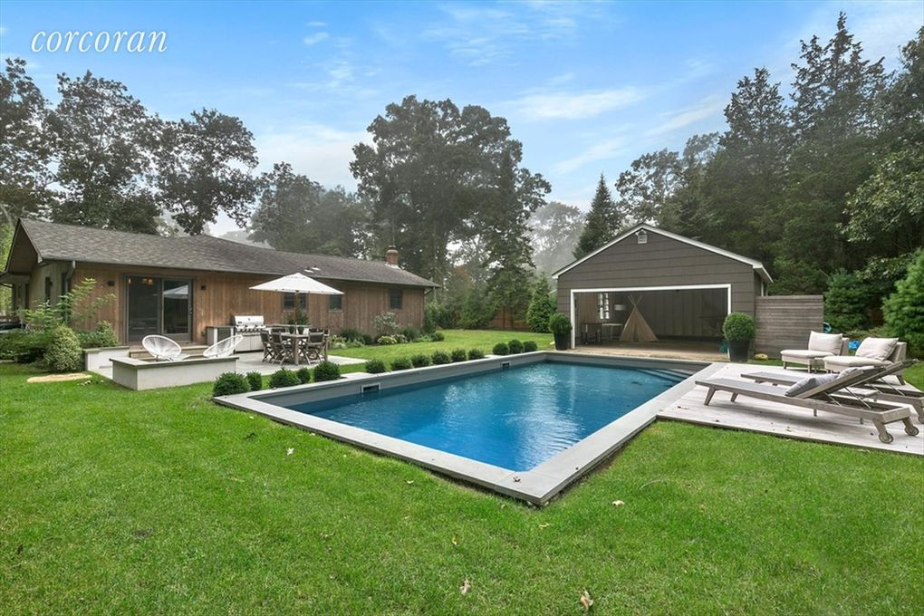 75 tyrone dr east hampton ny 11937 home for rent for Pool design hamptons