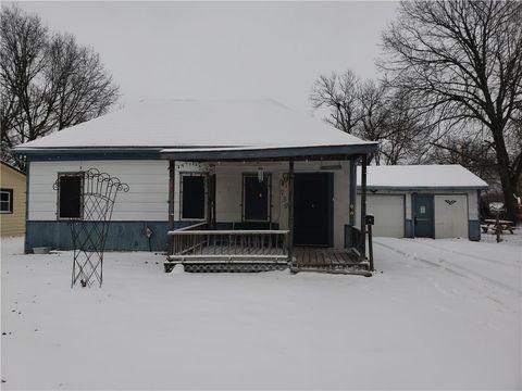 Photo of 739 S Willow St, Ottawa, KS 66067