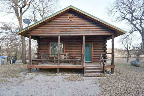 Photo of 831 House Creek Rd, Springer, OK 73458